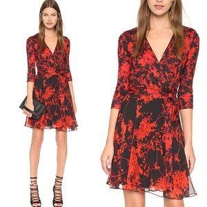 $478 Diane von Furstenberg Irina Wrap Silk Dress